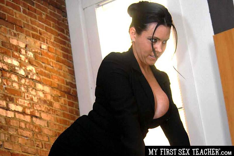 Site Pornstar mrs sanders turns