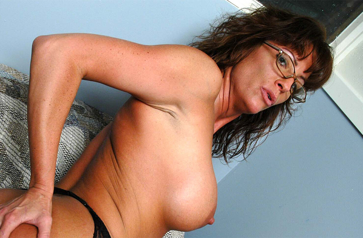 Janice Amateurpages Crocreview Big Tits At School