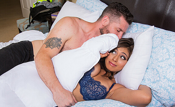 Brunette Ella Knox fucking in the bed with her bubble butt - Sex Position #3
