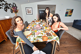 Alana Cruise Kimber Woods Whitney Wright Feast On You - Sex Position 1