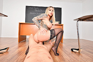 Karma Rx fucking in the desk with her lingerie vr porn - Sex Position 4