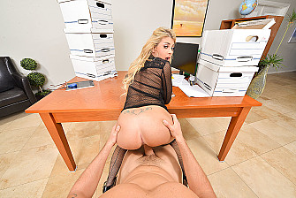 Kayla Kayden fucking in the office with her big tits vr porn - Sex Position 3