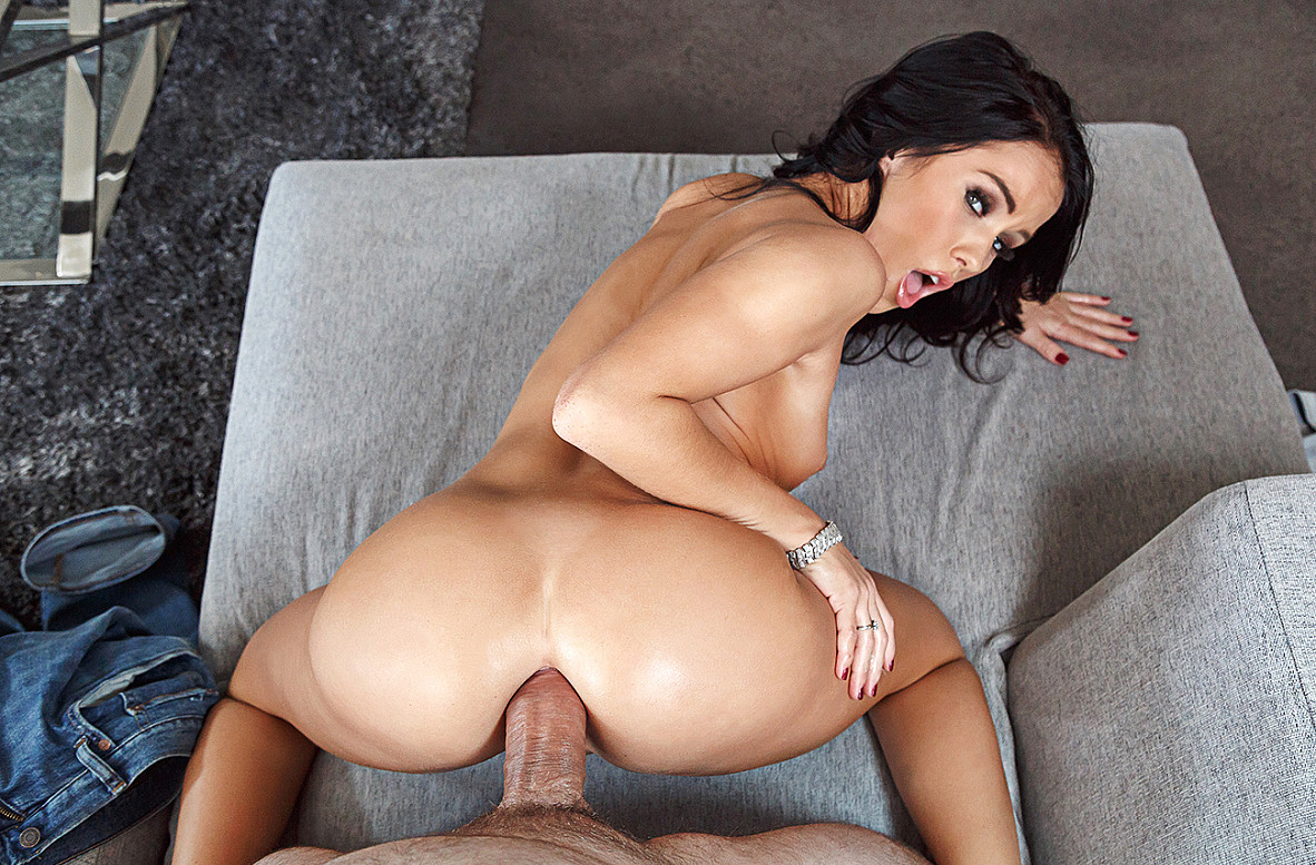 Watch Megan Rain and Preston Parker VR video in Naughty America