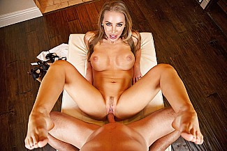 Nicole Aniston fucking in the couch with her innie pussy - Sex Position 4