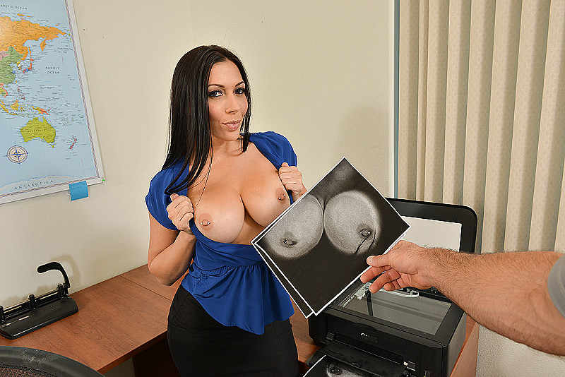 Rachel Starr fucking in the chair with her big tits vr porn - Sex Position  1 ...