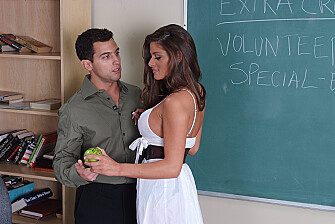 Madelyn Marie fucking in the classroom with her big ass - Sex Position 1