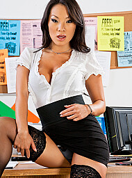 Bad Girl & Employee Porn Video with Asian and Ass smacking scenes