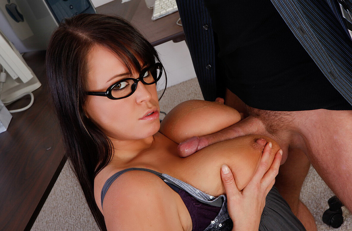 Watch Brandy Talore and Alec Knight video in Naughty Office
