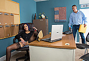 Chloe Amour & Danny Mountain in Naughty Office