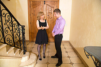 Cougar Nina Hartley fucking in the living room with her tits - Sex Position 2