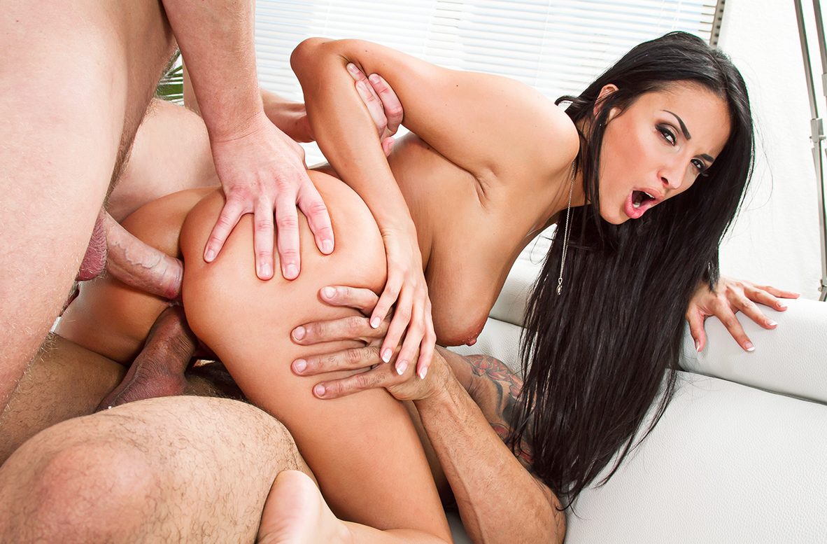 Watch Anissa Kate, Karlo Karrera and Marcus Bay 4K video in American Daydreams