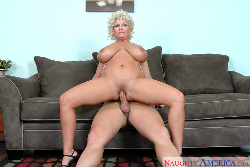 Milf claudia the southern