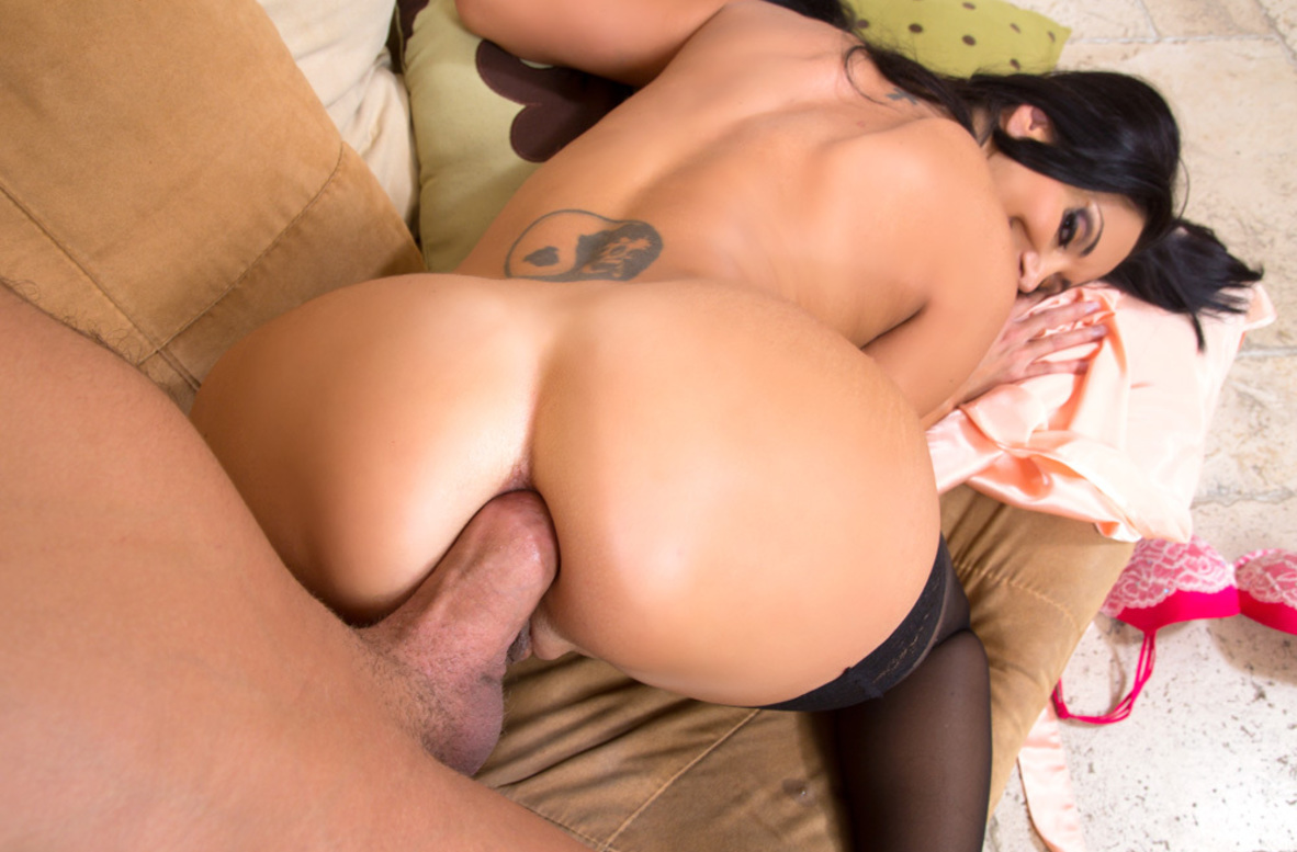 Watch Ava Addams and Xander Corvus video in My Friend's Hot Mom