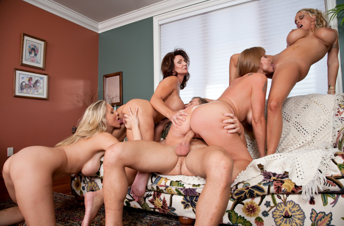 Watch Darla Crane, Deauxma, Holly Halston, Julia Ann and Michael Vegas video in My Friend's Hot Mom