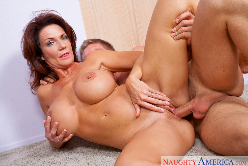 MILF Deauxma fucking in the hallway with her big tits - Sex Position 2