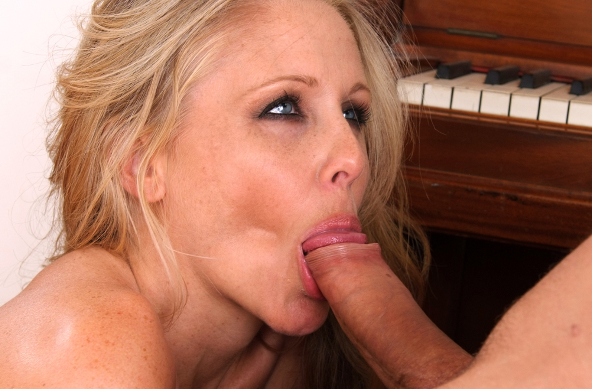 Watch Julia Ann and Mr. Pete video in My Friend's Hot Mom
