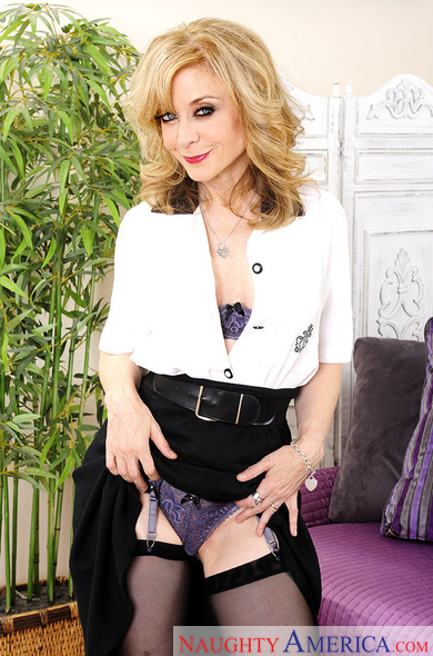Nina Hartley fucking in the living room with her blue eyes
