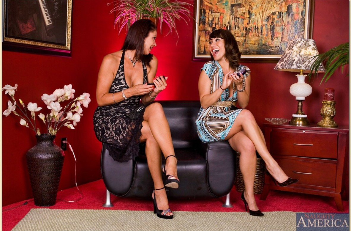 Watch Ava Devine, Vanessa Videl and Alan Stafford video in My Friend's Hot Mom