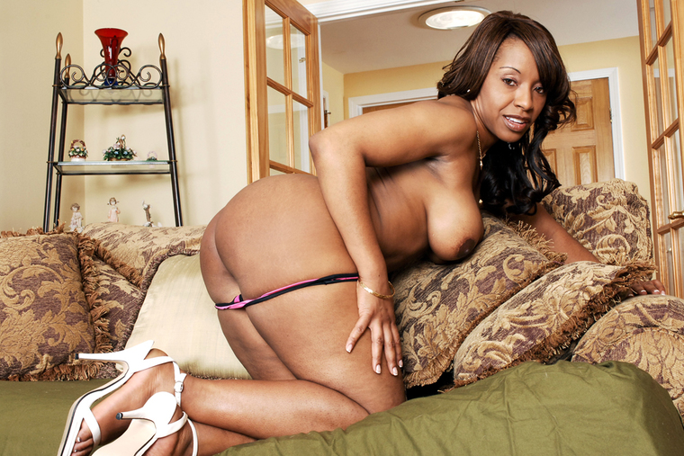 Ayana Angel Fucking In The Living Room With Her Big Ass-1892