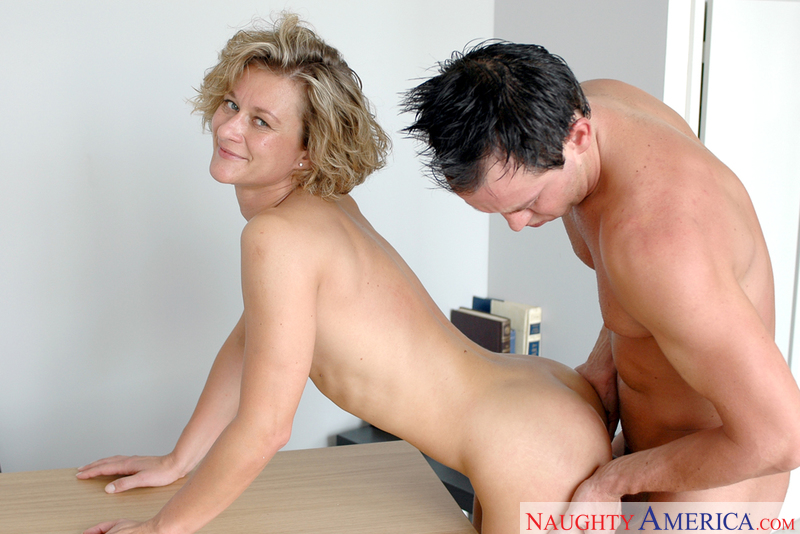 Free mature women pron