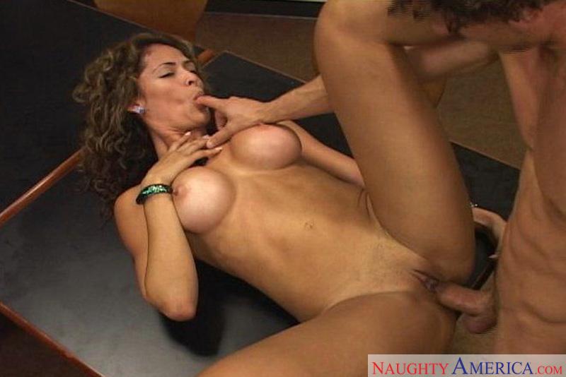 nude cute girl fucked
