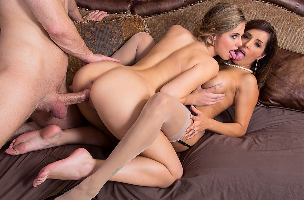 Watch Francesca Le, Jillian Janson and Bill Bailey 4K video in Dirty Wives Club