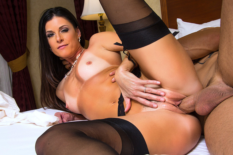 India Summer  Derrick Pierce In Dirty Wives Club -6189