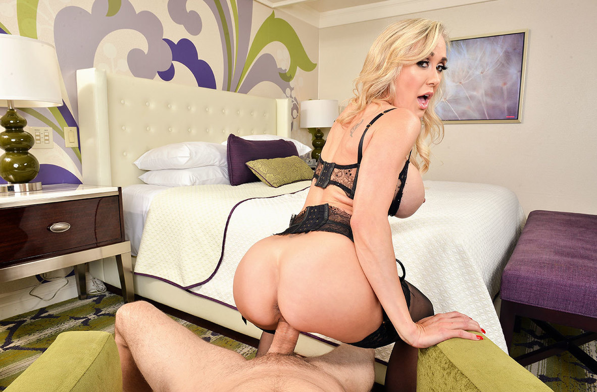 Watch Brandi Love and Preston Parker VR video in Naughty America