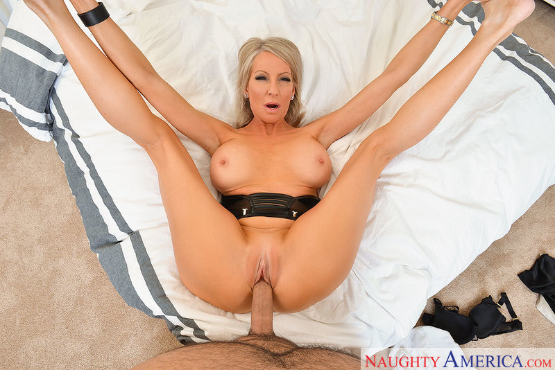 image Sexy lesbian pussy payment plan Part 10
