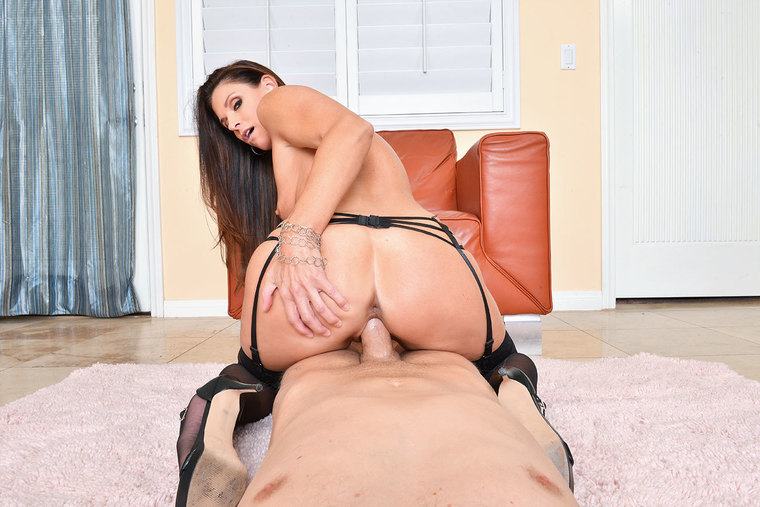 India Summer fucking in the chair with her lingerie