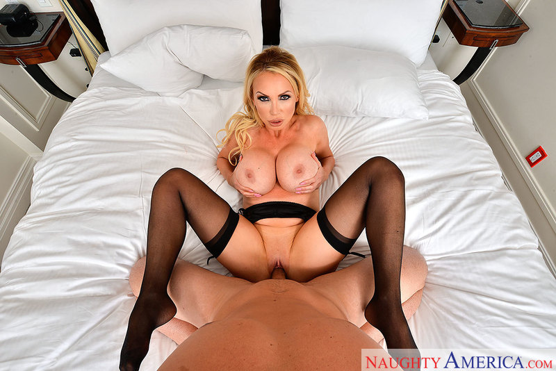 It might be, it could be, it is! VR porn with Nikki Benz! - Blowjob