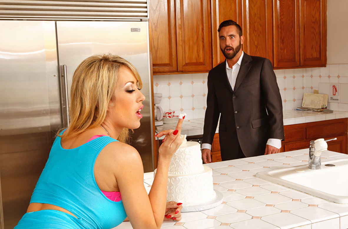 Watch Capri Cavanni and Daniel Hunter 4K video in Naughty Weddings