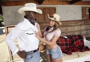 Kelly Divine & Sean Michaels in Naughty Country Girls
