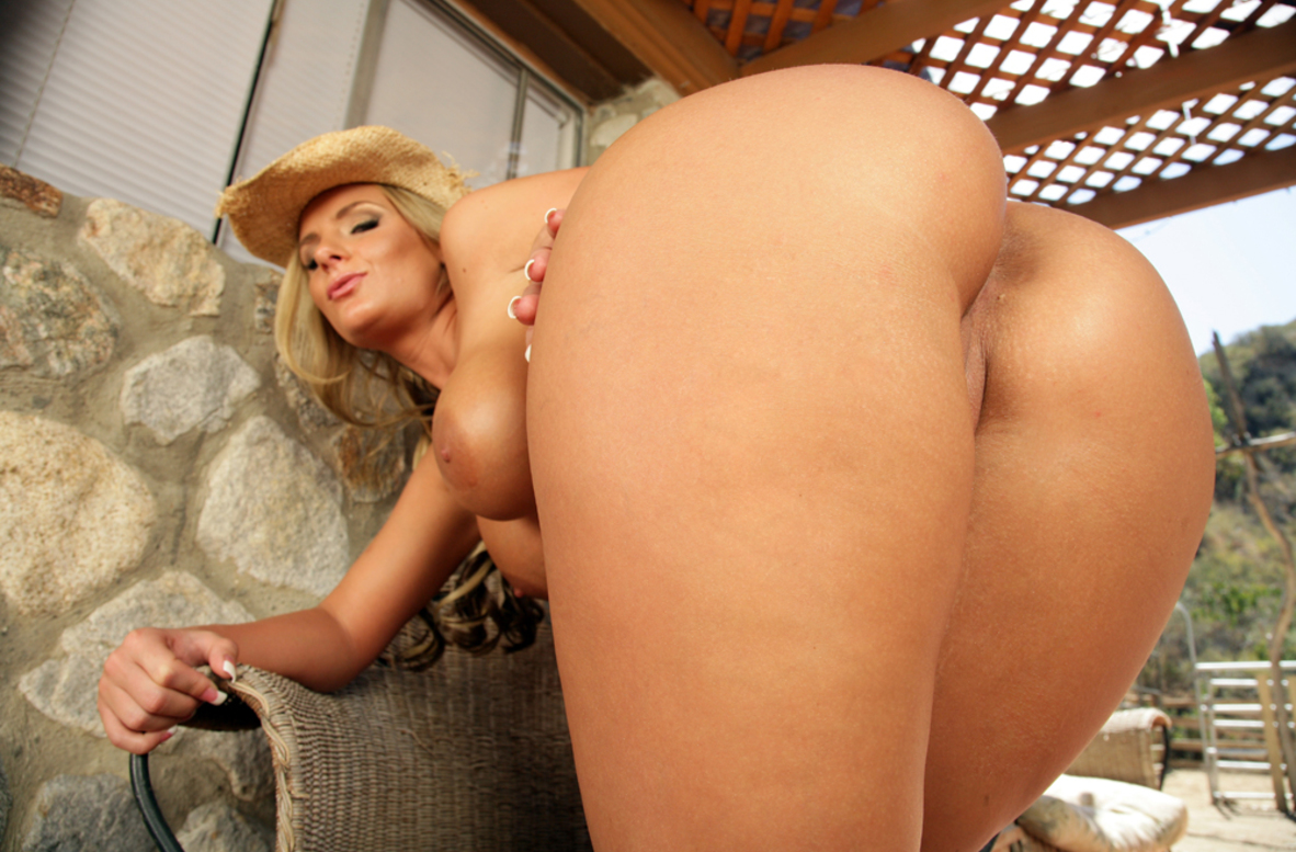 Watch Phoenix Marie and Anthony Rosano video in Naughty Country Girls