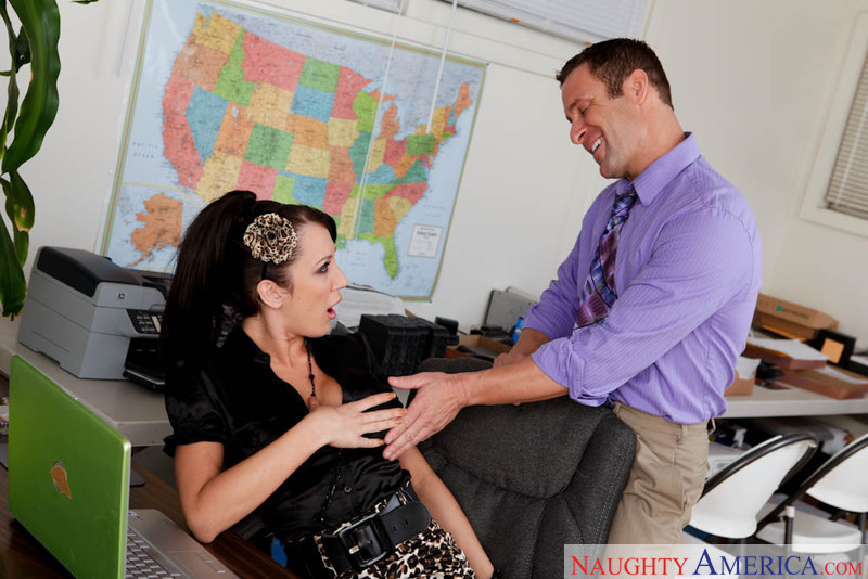Shaved Amy Brooke fucking in the office with her tattoos - Sex Position 1