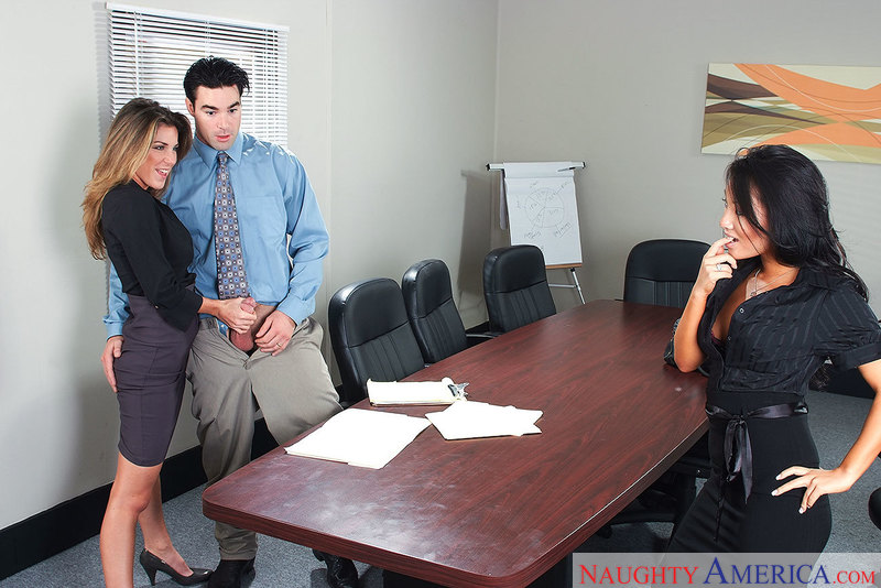 Caucasian Asa Akira fucking in the office with her petite - Sex Position 1