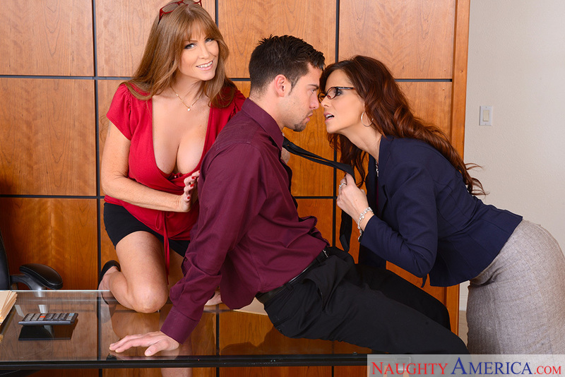 Caucasian Darla Crane fucking in the office with her tits - Sex Position 2