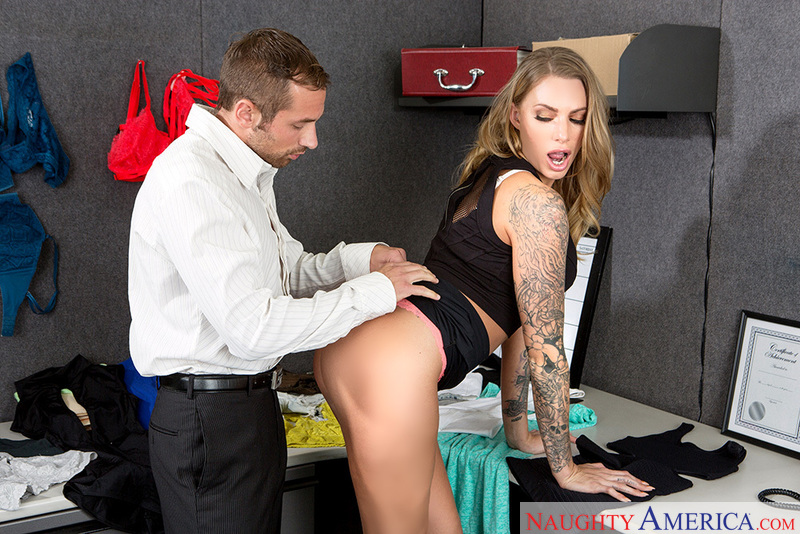 Juelz Ventura fucking in the desk with her piercings - Sex Position 2