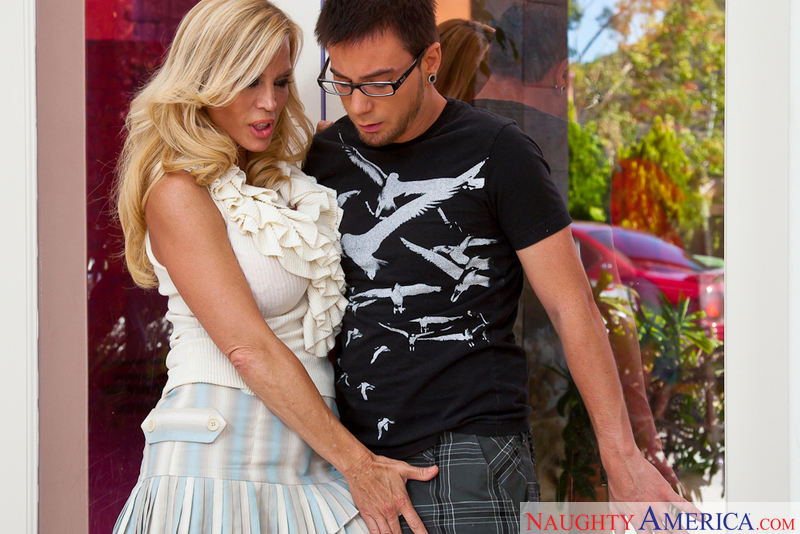 Blonde big tits couch photographer naughty america